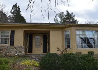 Foreclosed Home in Front Royal 22630 OLD BROWNTOWN RD - Property ID: 4326063791