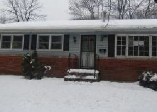 Foreclosed Home in Riverdale 20737 GREENVALE PKWY - Property ID: 4326073867