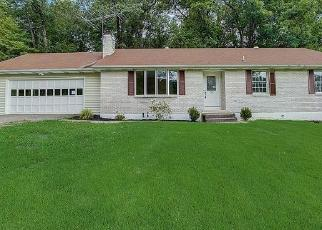 Foreclosed Home in Belvidere 07823 SUMMERFIELD RD - Property ID: 4326115913