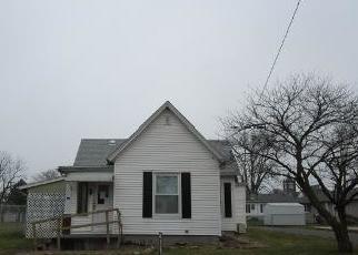 Foreclosed Home in Lovington 61937 S WASHINGTON ST - Property ID: 4326182926