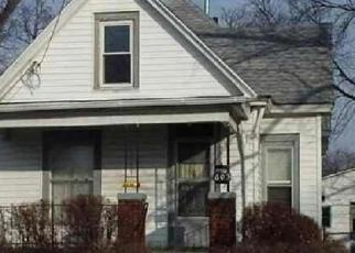 Foreclosed Home in Peoria 61604 W MACQUEEN AVE - Property ID: 4326237212