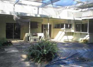 Foreclosed Home in Tampa 33617 BRENTWOOD DR - Property ID: 4326244218