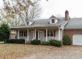 Foreclosed Home in Shepherdsville 40165 WINDWARD WAY - Property ID: 4326248611