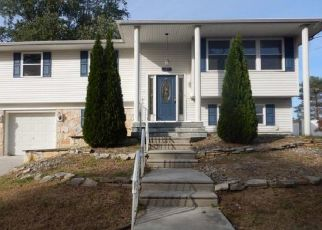 Foreclosed Home in Woodbury Heights 08097 BEECH AVE - Property ID: 4326256942
