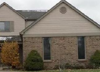 Foreclosed Home in Clinton Township 48038 BRANDYWINE DR - Property ID: 4326371235