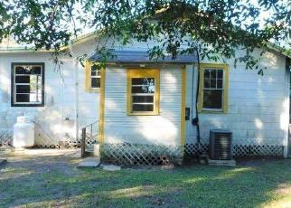 Foreclosed Home in Jacksonville 32209 W 15TH ST - Property ID: 4326376497