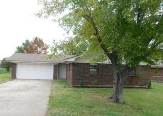 Foreclosed Home in Wayne 73095 BRAKEFIELD DR - Property ID: 4326400585