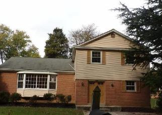 Foreclosed Home in Silver Spring 20906 SADDLEBROOK DR - Property ID: 4326411536