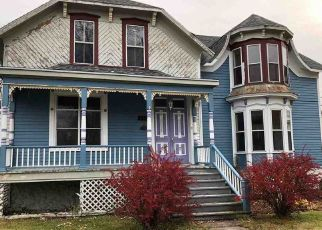 Foreclosed Home in Oconto 54153 PARK AVE - Property ID: 4326413729