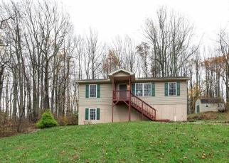Foreclosed Home in Linden 22642 FREEZE RD - Property ID: 4326423805