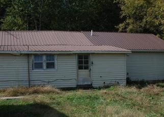 Foreclosed Home in Pelham 37366 PARKS LN - Property ID: 4326469792