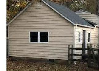 Foreclosed Home in White Plains 20695 COUNTRYSIDE LN - Property ID: 4326533738