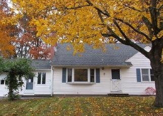 Foreclosed Home in Enfield 06082 PARKY DR - Property ID: 4326630970