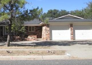 Foreclosed Home in Lubbock 79423 LYNNHAVEN AVE - Property ID: 4326656358
