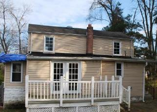 Foreclosed Home in Trenton 08620 HOGBACK RD - Property ID: 4326669503