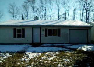 Foreclosed Home in East Saint Louis 62206 SAINT GREGORY DR - Property ID: 4326687457