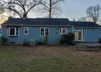 Foreclosed Home in Wenonah 08090 N SYNNOTT AVE - Property ID: 4326693594