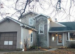Foreclosed Home in Bear 19701 VALLEY RUN - Property ID: 4326704542