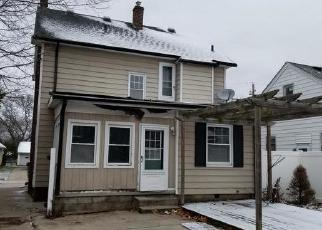Foreclosed Home in Toledo 43609 COLTON ST - Property ID: 4326753149