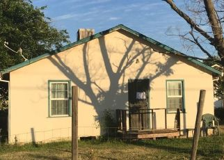 Foreclosed Home in Olivehurst 95961 FLEMING WAY - Property ID: 4326758858