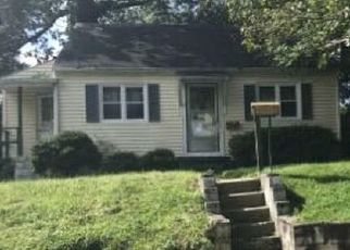 Foreclosed Home in Hyattsville 20784 EMERSON RD - Property ID: 4326764991