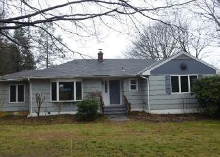 Foreclosed Home in Watertown 06795 BUCKINGHAM ST - Property ID: 4326899437