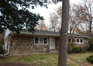 Foreclosed Home in Woodbury 08096 W RED BANK AVE - Property ID: 4326932730