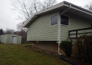 Foreclosed Home in New Castle 47362 W HILLSIDE DR - Property ID: 4326964252