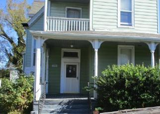 Foreclosed Home in Richmond 23222 BARTON AVE - Property ID: 4327043532