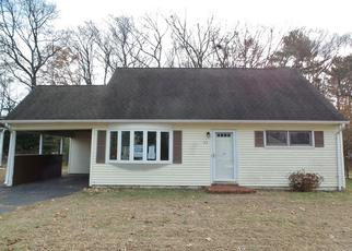 Foreclosed Home in East Hartford 06118 BRITT RD - Property ID: 4327142966
