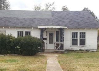 Foreclosed Home in Union City 38261 N 4TH ST - Property ID: 4327157851