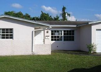 Foreclosed Home in Fort Lauderdale 33313 NW 58TH TER - Property ID: 4327165733