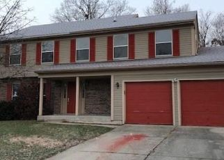 Foreclosed Home in Indianapolis 46268 OIL CREEK DR - Property ID: 4327256379