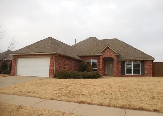 Foreclosed Home in Edmond 73012 NW 190TH PL - Property ID: 4327439458