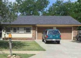 Foreclosed Home in Pampa 79065 LYNN ST - Property ID: 4327526169