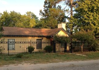 Foreclosed Home in Poteet 78065 BOCAWOOD DR - Property ID: 4327533631