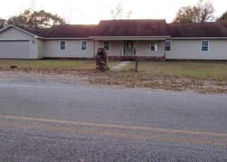 Foreclosed Home in Grady 36036 GARDNER RD - Property ID: 4327574801