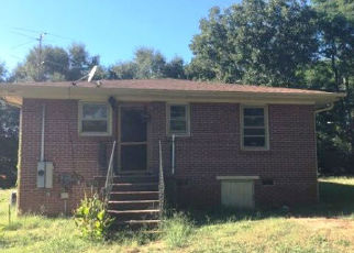 Foreclosed Home in Anderson 29626 LEE DR - Property ID: 4327602836