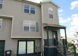 Foreclosed Home in Warwick 10990 HELENE RD - Property ID: 4327628668