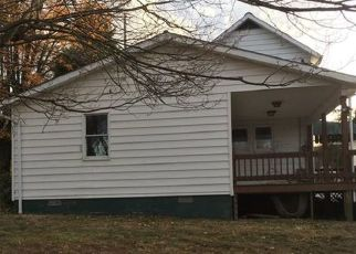 Foreclosed Home in Uniontown 15401 SHAFFERS CORNER RD - Property ID: 4327636996