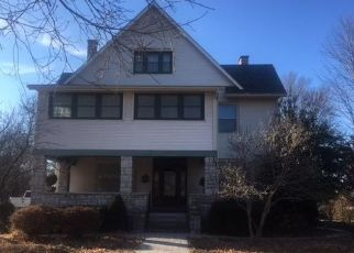 Foreclosed Home in Carthage 64836 S MAPLE ST - Property ID: 4327652761