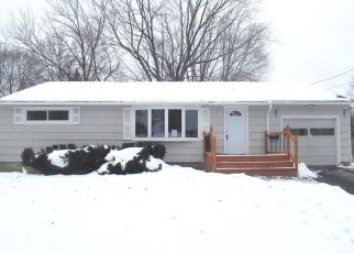 Foreclosed Home in Syracuse 13212 WADSWORTH RD - Property ID: 4327693484