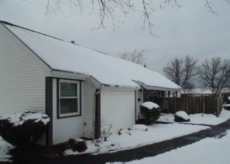 Foreclosed Home in Webster 14580 SUMMIT KNOLLS DR - Property ID: 4327696551