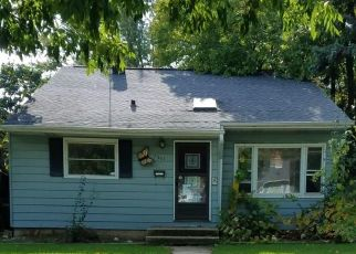 Foreclosed Home in Milwaukee 53218 W CALDWELL CT - Property ID: 4327703110