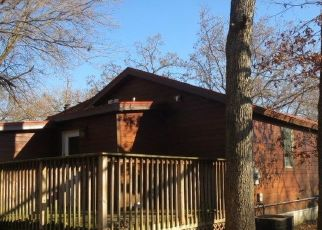 Foreclosed Home in Pardeeville 53954 BREEZY POINT DR - Property ID: 4327715380