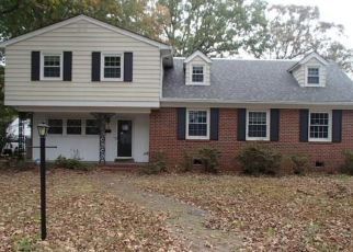 Foreclosed Home in Newport News 23601 GREEN OAKS RD - Property ID: 4327759621