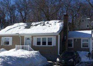 Foreclosed Home in Woburn 01801 BUTTARO RD - Property ID: 4327789399