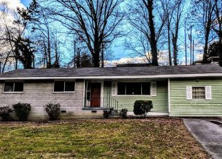 Foreclosed Home in Chattanooga 37406 JUANDALE DR - Property ID: 4327848528