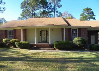 Foreclosed Home in Florence 29506 WILDWOOD DR - Property ID: 4327896709