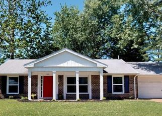 Foreclosed Home in Belleville 62221 FIVE FORKS DR - Property ID: 4327951452